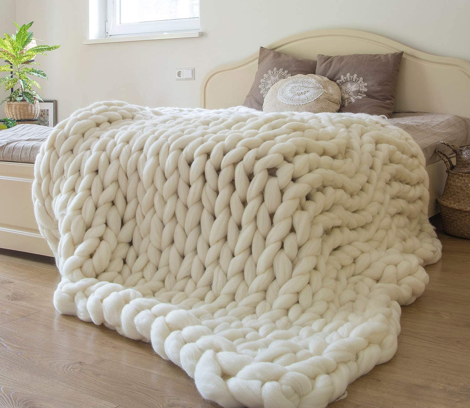 gifts-for-7th-anniversary-blanket