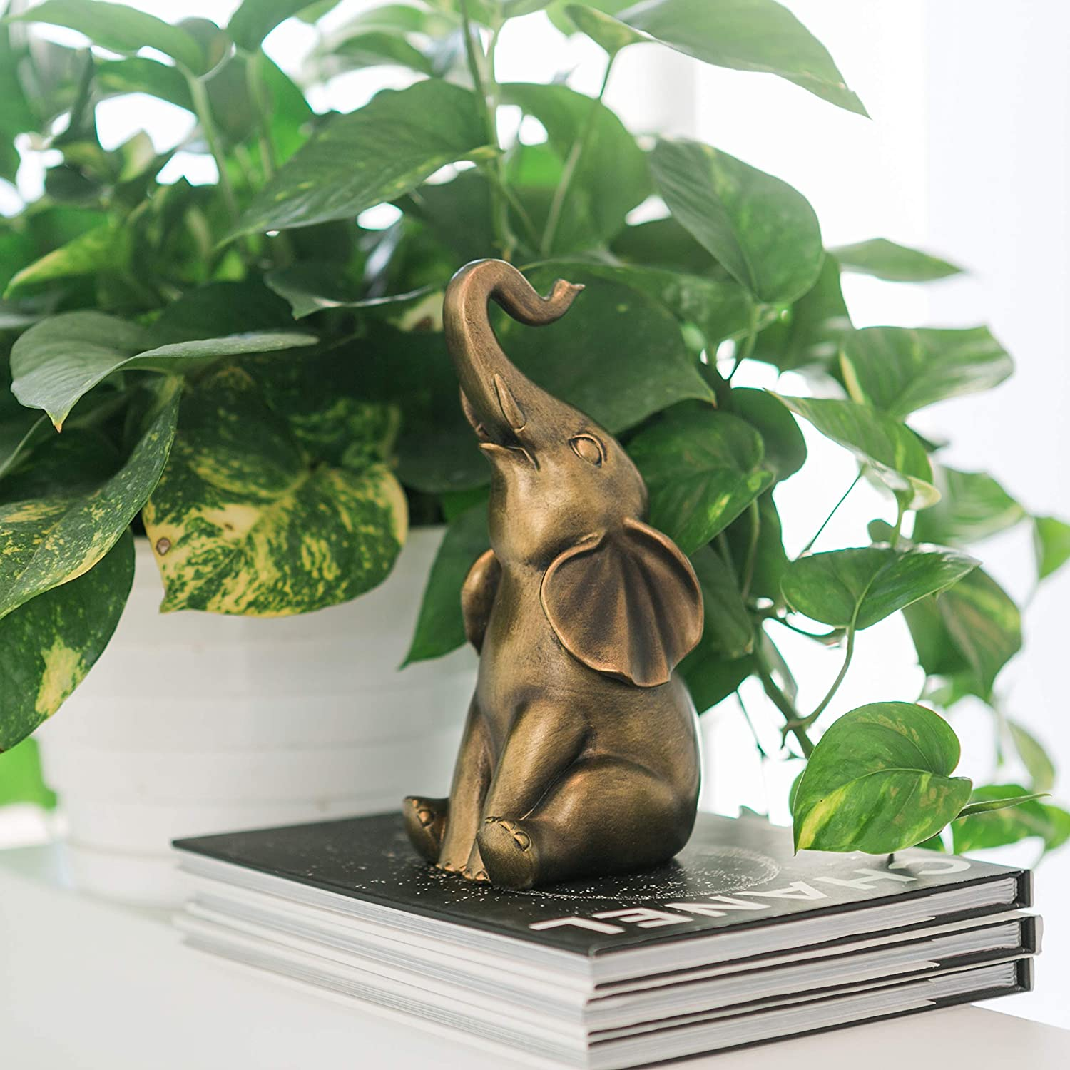 good-luck-gifts-elephant-statue