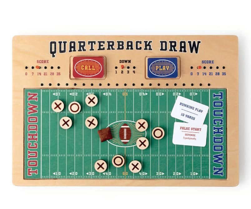 football-gifts-quarterback-draw-board-game