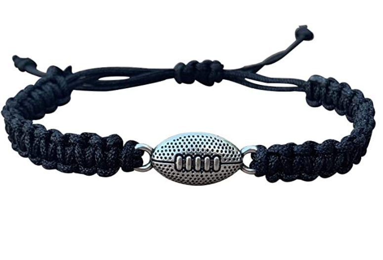 football-gifts-paracord-bracelet