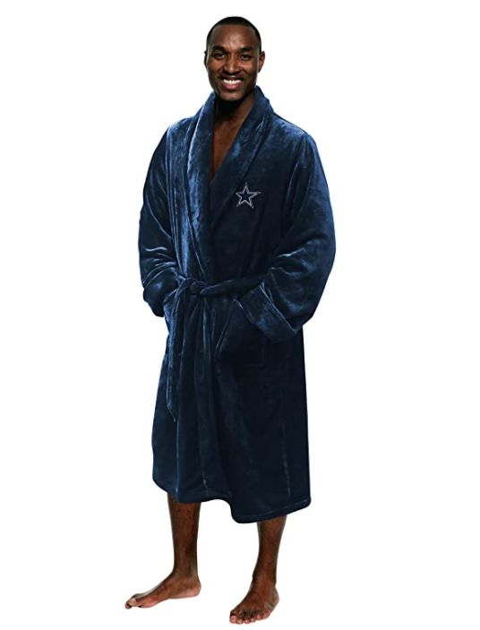 football-gifts-nfl-bathrobe