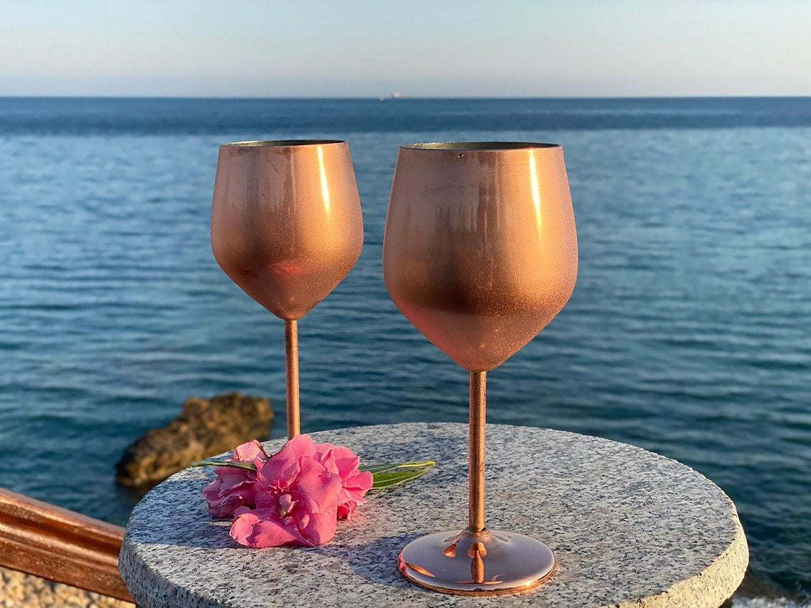 gifts-for-7th-anniversary-wine-glass-copper