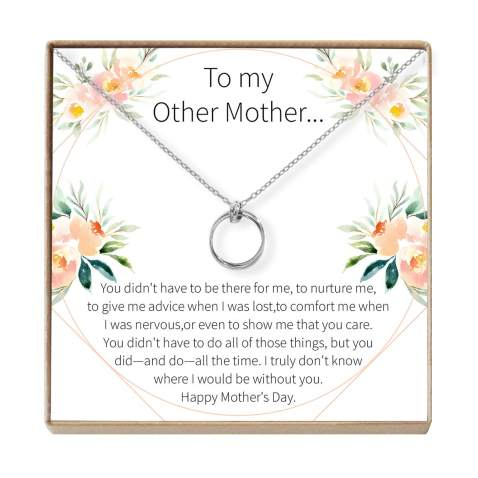 gifts-for-stepmom-necklace