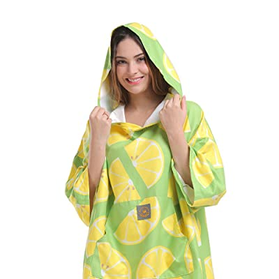 gifts-for-kayakers-poncho