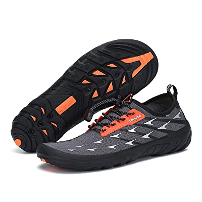 gifts-for-kayakers-shoes
