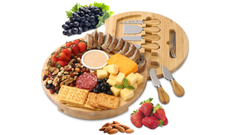 christmas-gifts-for-neighbors-cheese-board