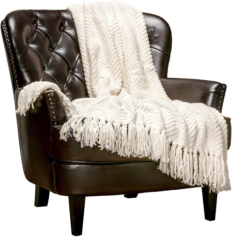 christmas-gifts-for-grandma-blanket