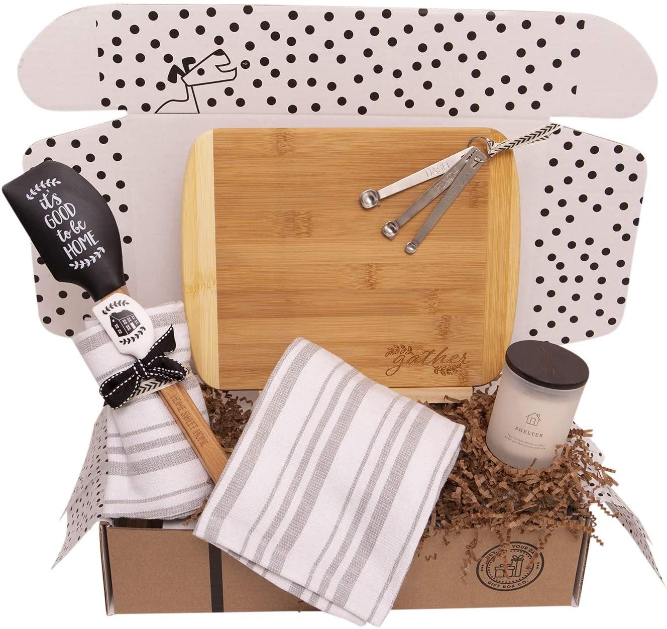 housewarming-gift-baskets-kitchen-items