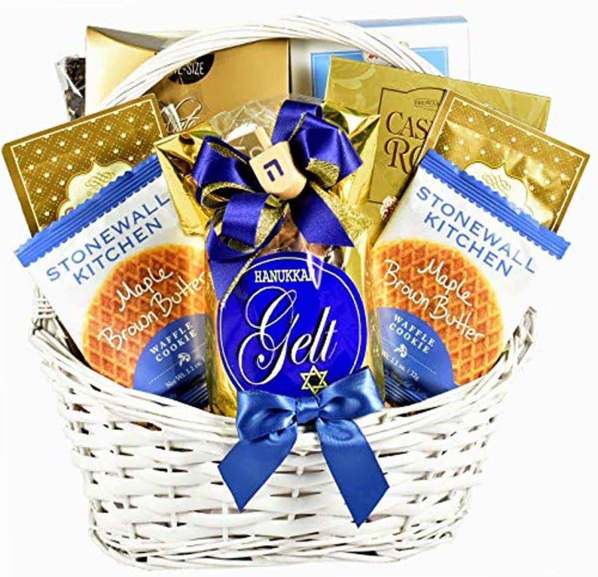 hanukkah-gifts-basket