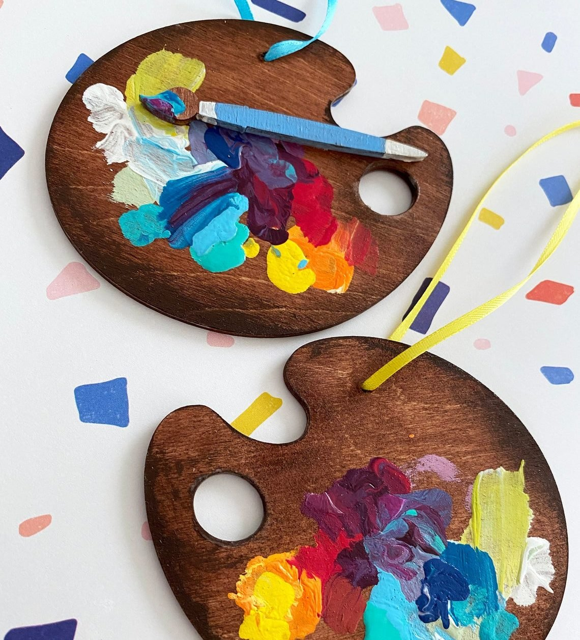 gifts-for-painters-ornament